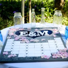 GUEST-SIGNING-TABLE