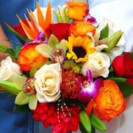 Tropical-bridal-bouquet